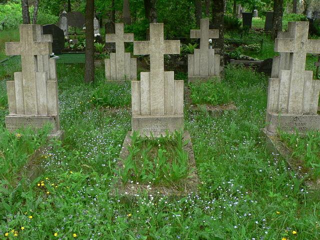 [Image: graves.jpg]